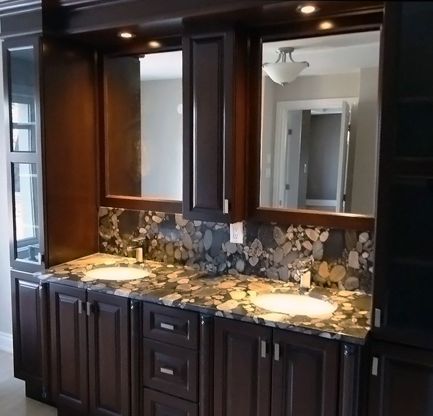 Inspirational Marinace Gold Granite Bathroom. marinace gold bathroom